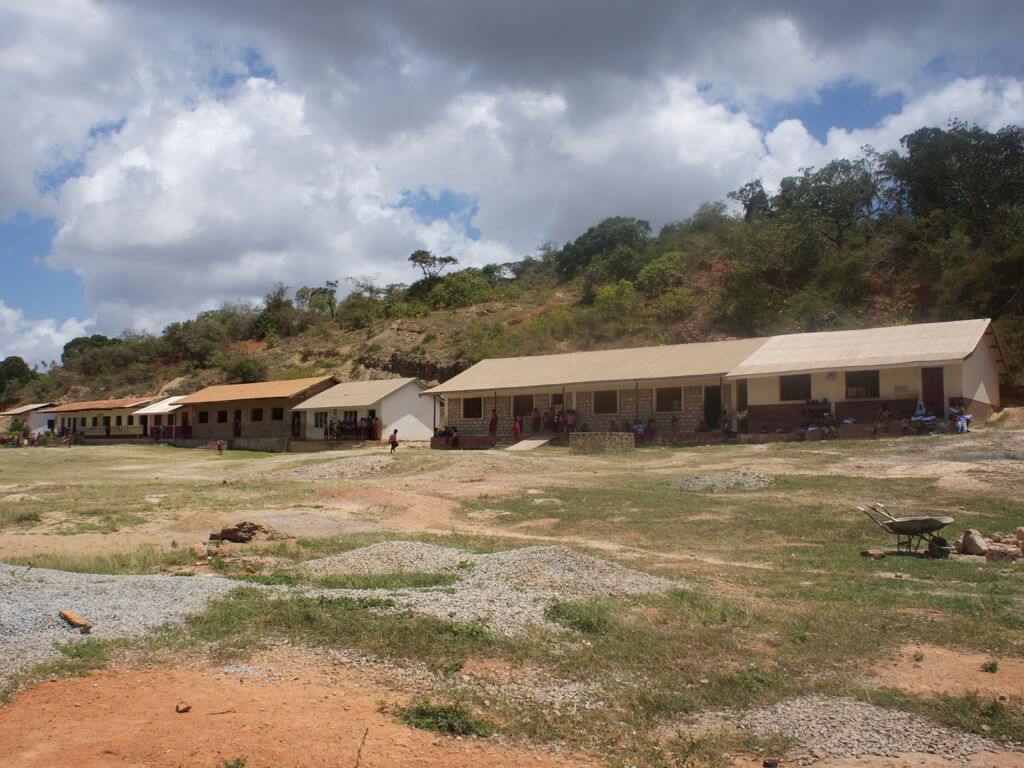 Under_The_Mango_Tree_School_Building