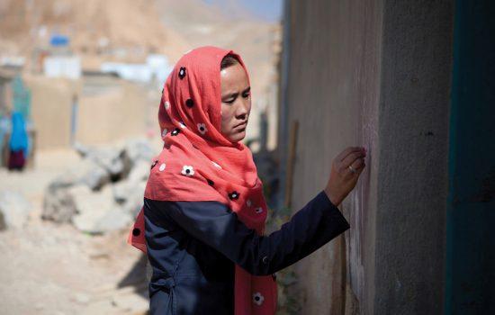 volunteer polio vaccinator afghanistan