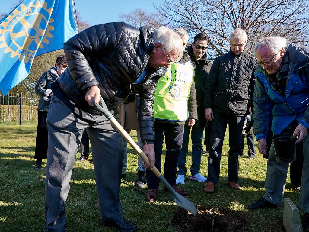 Rotary Day - Ian Riseley Tree Planting