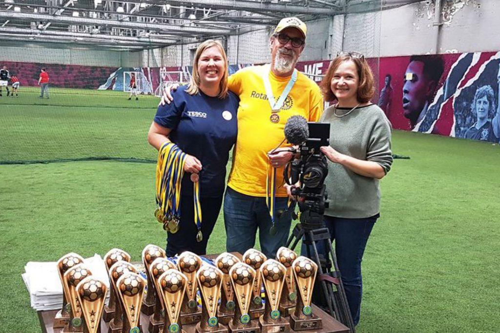 volunteers trophies awards medals football