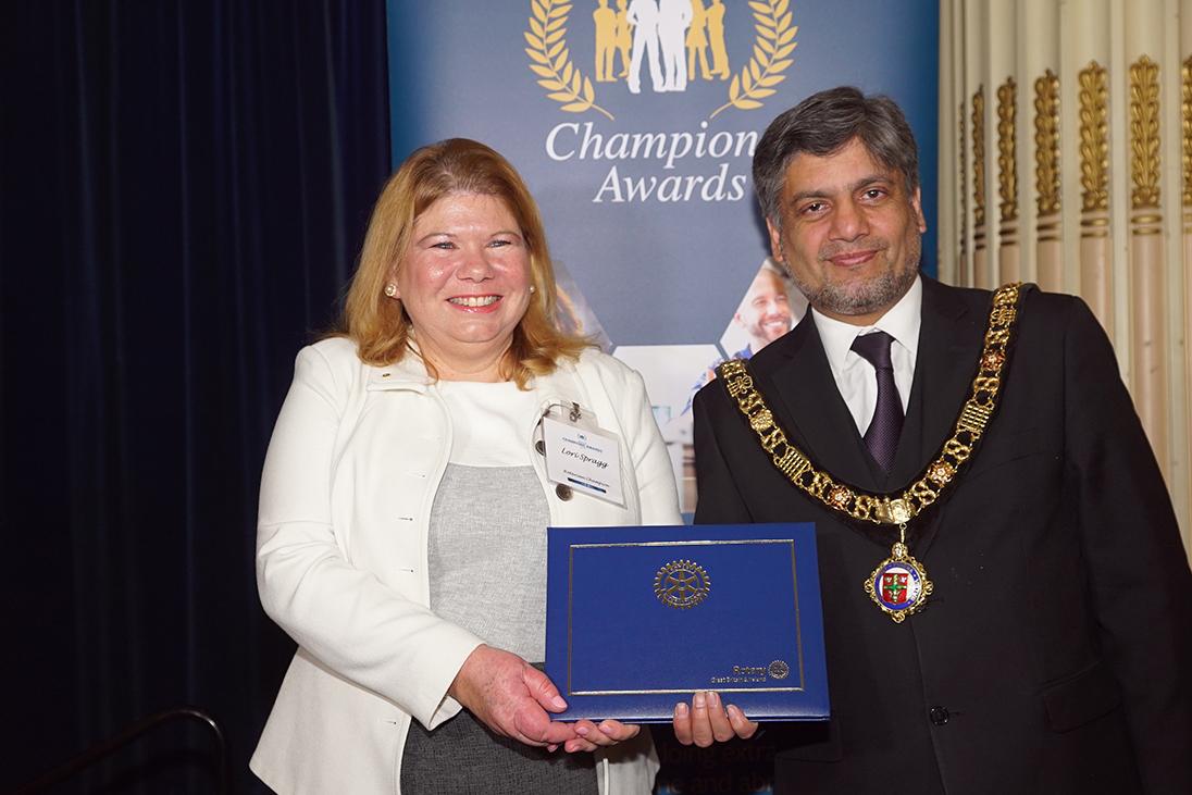 lori spragg champions awards